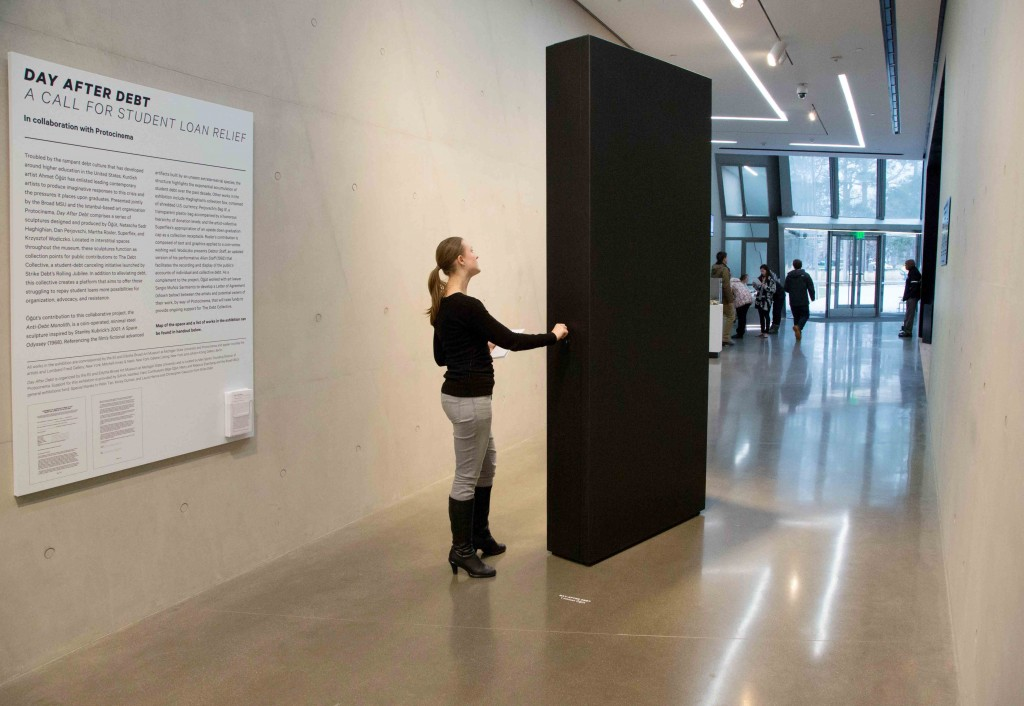 Ahmet Ogut, Anti-Debt Monolith, 2014. Courtesy the artist, photo courtesy Aaron Word.