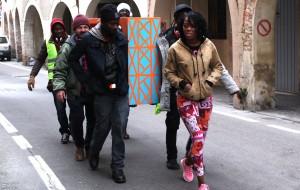 Les déambulations urbaines de Talking Hands: un nouveau «partage du sensible»